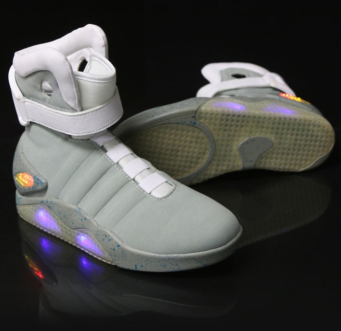 back-to-the-future-shoes-light-up-shoes-hoverboard-shoes-best-hoverboard-brands